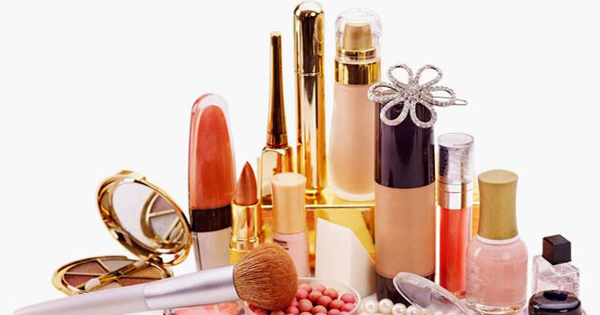 Makeup and Beauty Products Expiration Dates Checklist